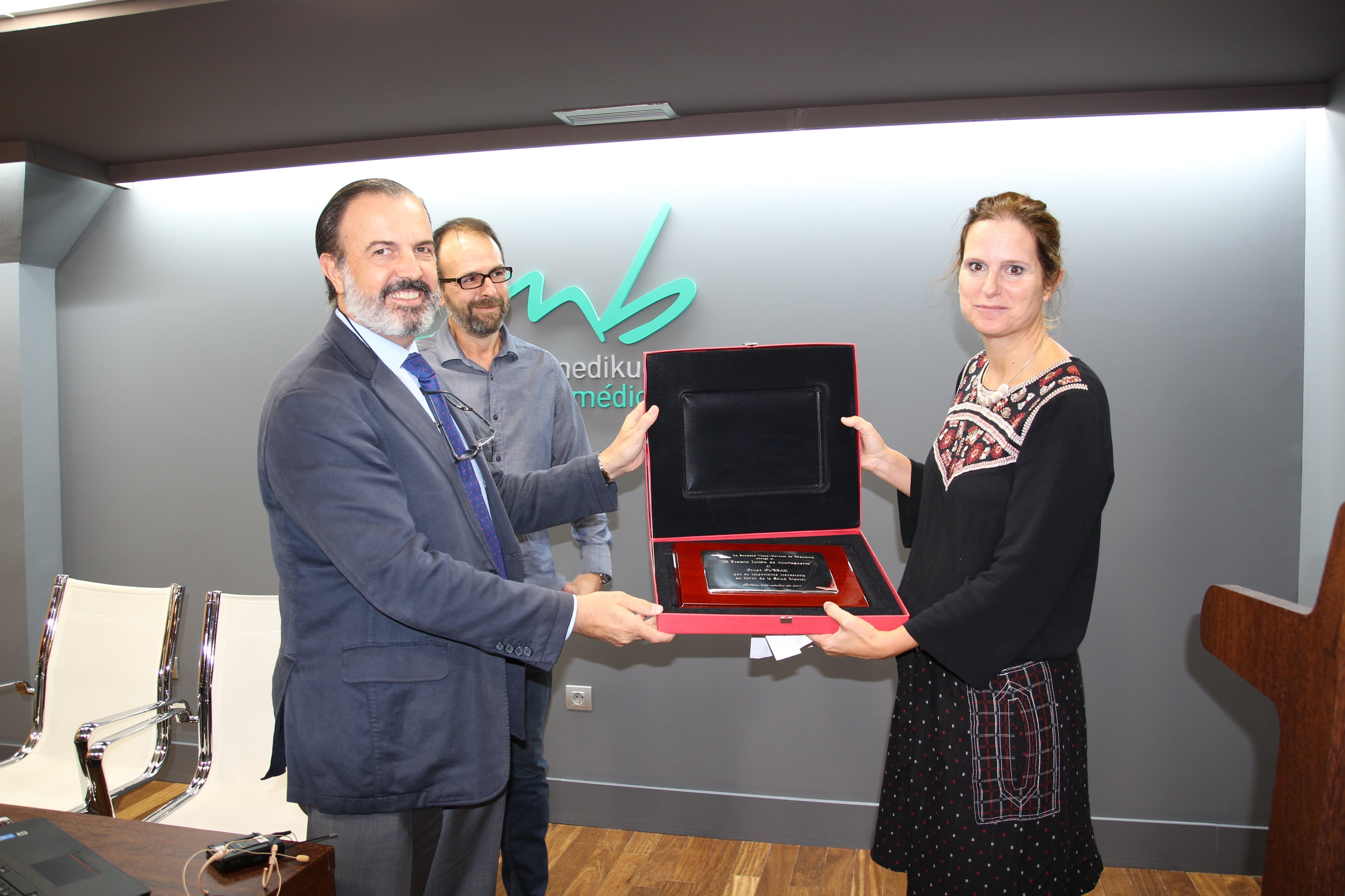 GUREAK recibe el premio Ajuriaguerra