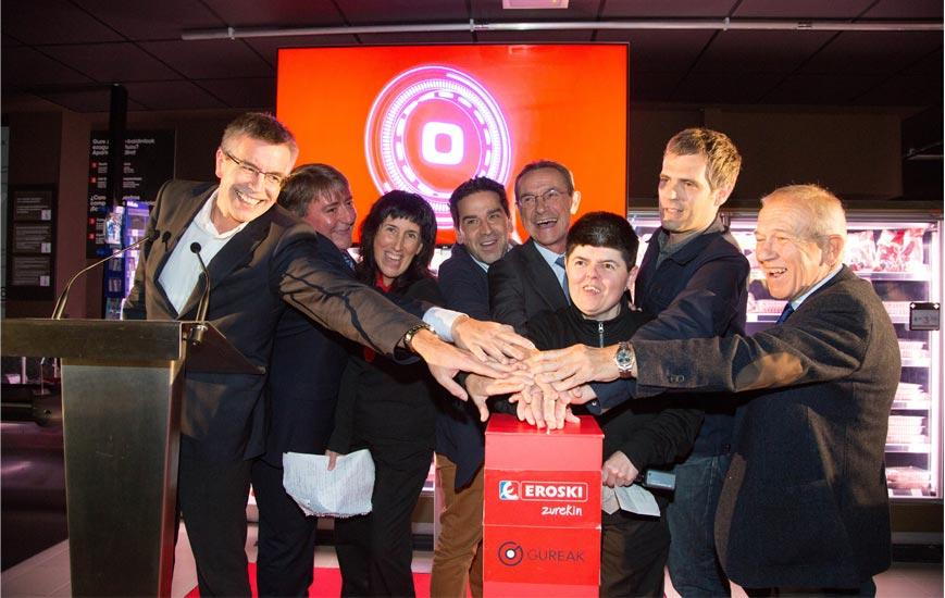 Eroski y Gureak abren un super gestionado por personas con discapacidad